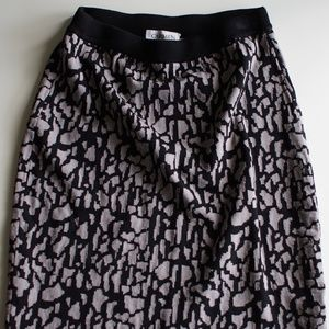 carmen marc volvo black gray animal printed skirt